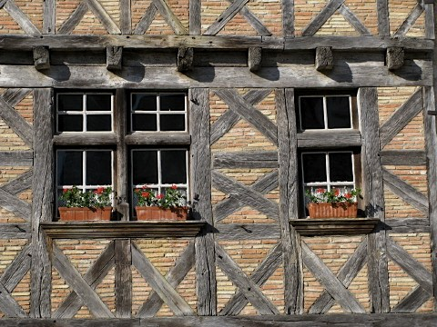 Detail of old windows in Lauzerte