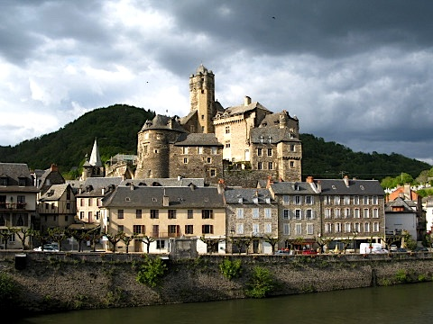 The village of Estaing