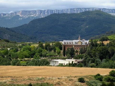A view across the terrain before Estella