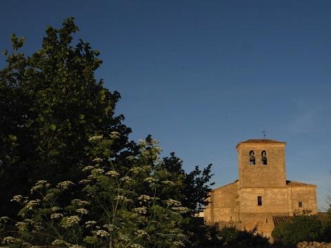 Hornillos del Camino at dusk