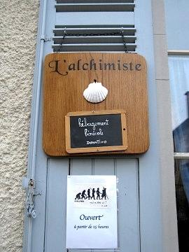 The entrance to the gite l'Alchimiste
