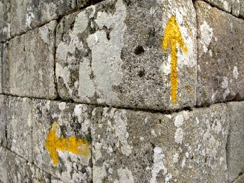 An alternative path is marked on the Camino