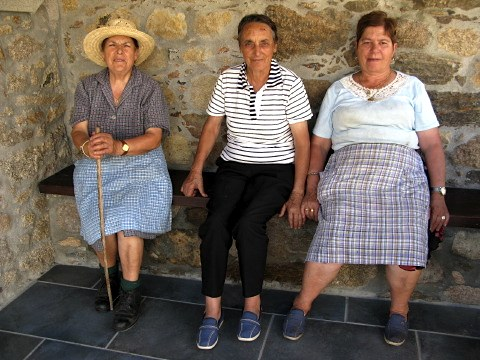 I chatted with three local ladies in Leboreiro