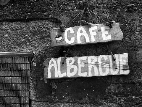 Notice for the cafe and albergue in Ligonde