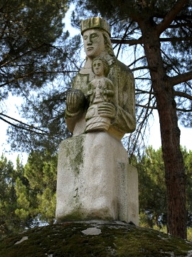 Statue in Compostilla near Ponferrada